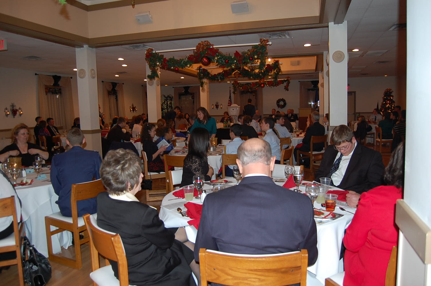 omaha composite squadron enjoys 5th annual dining out